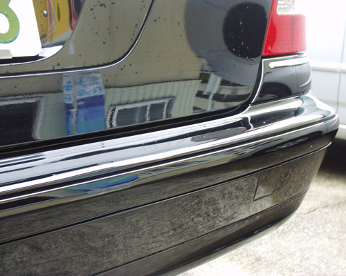 バンパーのスリキズ 修正・塗装前後